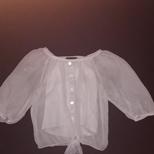 A dressy shirt,stop to elbows